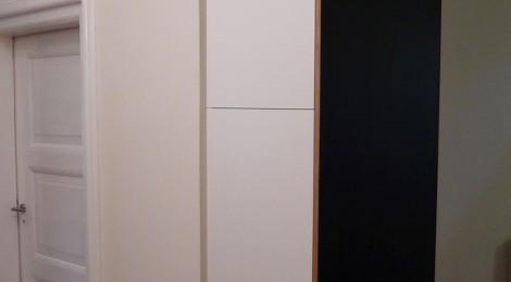 diele eckschrank mit tafelbeschichtung singer schreinerei. Black Bedroom Furniture Sets. Home Design Ideas