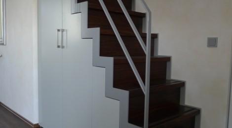 schrank unter treppe fronten nach ral singer schreinerei. Black Bedroom Furniture Sets. Home Design Ideas