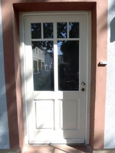 Haustür weiß sprossen  Haustür mit Sprossen – singer.SCHREINEREI