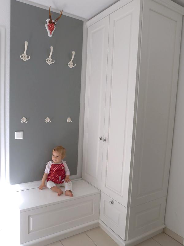 garderobe truhenbank massivholz wei lackiert singer. Black Bedroom Furniture Sets. Home Design Ideas