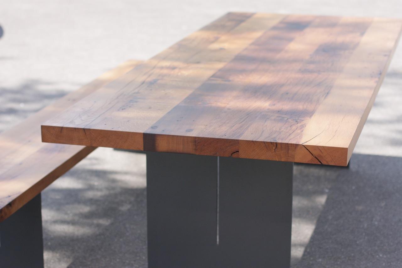 MarcoS / / Kommentare Deaktiviert Für Tisch. Untergestell Stahl Mit  Tischplatte Aus Eiche Altholz / Tische