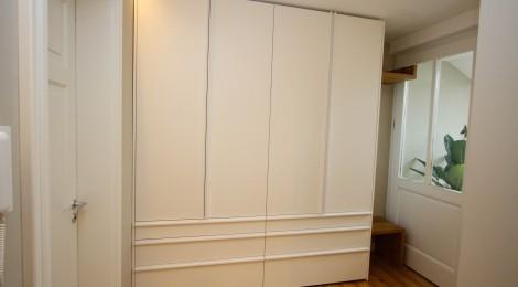 flurschrank singer schreinerei. Black Bedroom Furniture Sets. Home Design Ideas