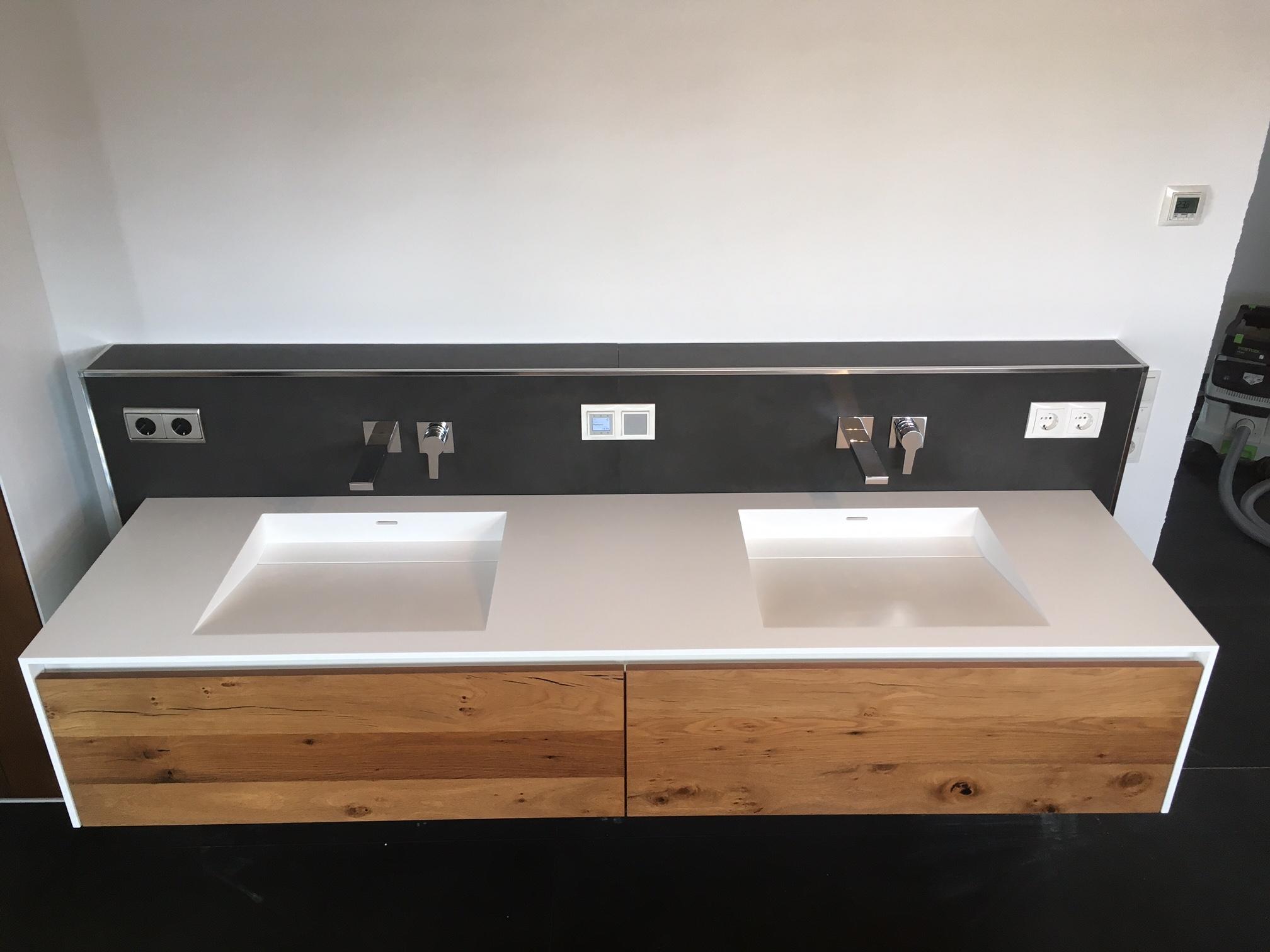 waschtisch aus mineralwerkstoff unterschrank aus eiche altholz singer schreinerei. Black Bedroom Furniture Sets. Home Design Ideas